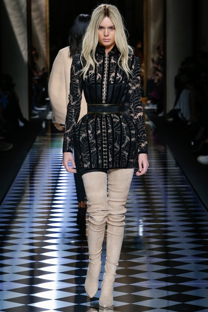 BALMAIN - CLOSING LOOK